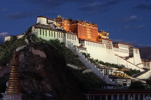 Potala Palace in the early evening