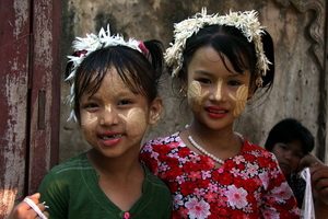 Girls ready for the festival in Mandalay