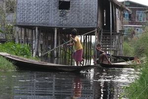 Children playing on Inle Lake